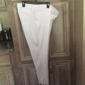 Very Nice Pre-Owned Women's White Color Pants